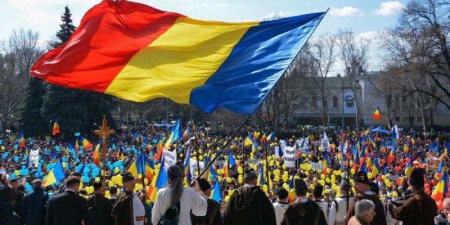 """Liberalii vor UNIREA cu Moldova, USR-iştii NU. """"Discuţiile depre UNIRE sunt premature şi politicianiste"""""""