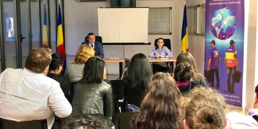 """Românii din diaspora încurajați să se întoarcă acasă: """"Dorința noastră este ca românii să se întoarcă acasă. // Dacă raportăm salariile obținute aici la costul vieții din Italia, reușim poate să ajungem la o paritate între cele două țări"""""""