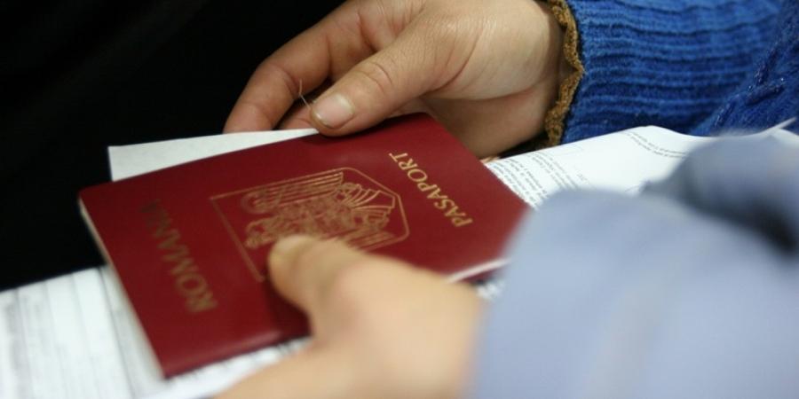 Alertă prin SMS la expirarea paşaportului. Autorităţile vor notifica cetăţenii
